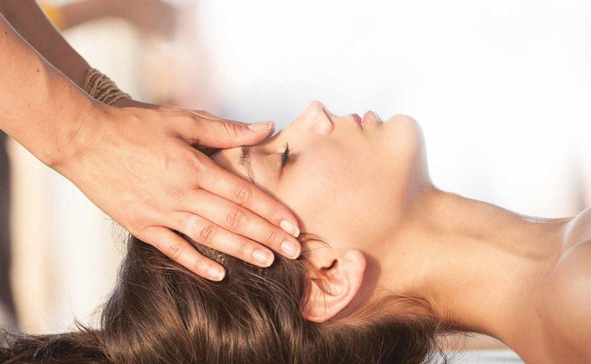 Physiotherapeutische Kopfbehandlung in der Therme Neuruppin