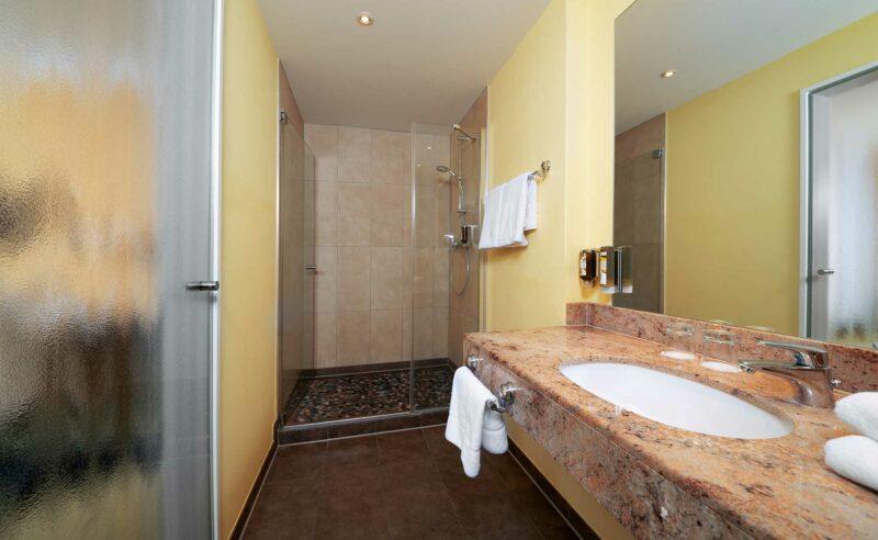 Bad des Komfortzimmers im Resort Mark Brandenburg