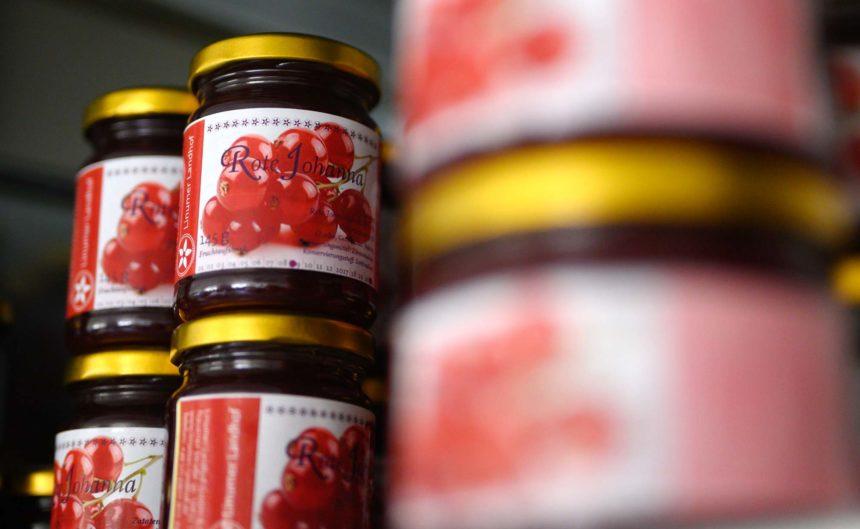 Rote Kirschmarmelade vom Partner Linum